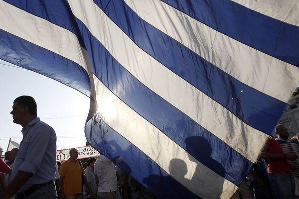 Ratingagentur stuft Griechenland weiter herab / Bild: (c) REUTERS (JOHN KOLESIDIS)