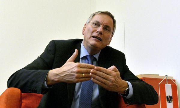 Sozialminister Stöger / Bild: (c) APA/HERBERT PFARRHOFER (HERBERT PFARRHOFER)