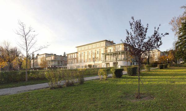 typische Jugendstil-Pavillons . Eine Bebauung zwischen den Pavillons wird auch in Zukunft nicht möglich sein.  / Bild: (c) Gisela Erlacher / WSE