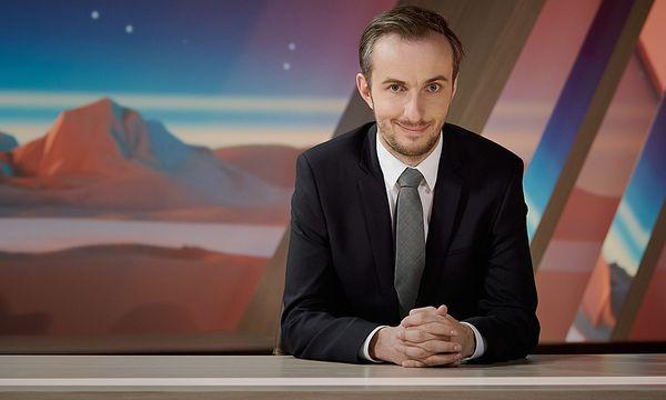 Jan Böhmermann moderiert das ''Neo Magazin Royale'' auf ZDF neo / Bild: (c) ZDF und Ben Knabe (Ben Knabe)