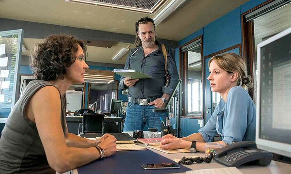 Lena Odenthal (Ulrike Folkerts), Mario Kopper (Andreas Hoppe) und Johanna Stern (Lisa Bitter). / Bild: ORF