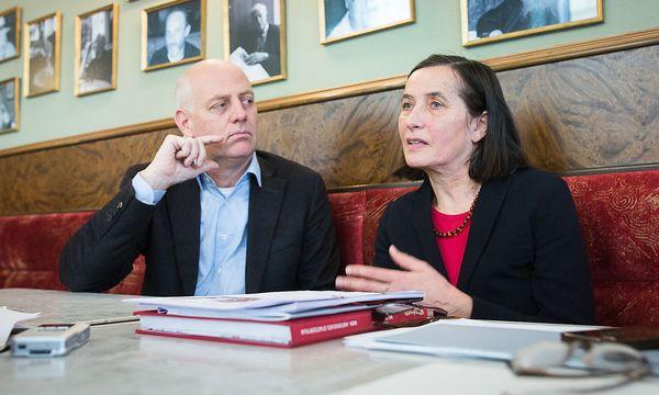 Nicht ganz einer Meinung: Unesco-Generalsekretärin Gabriele Eschig (re.) und Grünen-Planungssprecher Christoph Chorherr. / Bild: Akos Burg / Die Presse