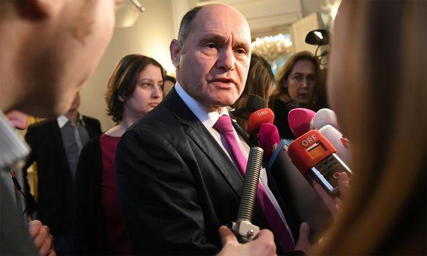 Inneminister Sobotka vor der Ministerrat. / Bild: (c) APA (Helmut Fohringer)