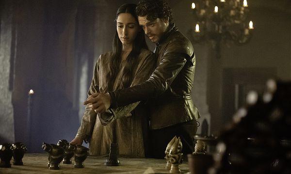 King in the Nord Robb Stark mit seinerTalisa  / Bild: (c) HBO