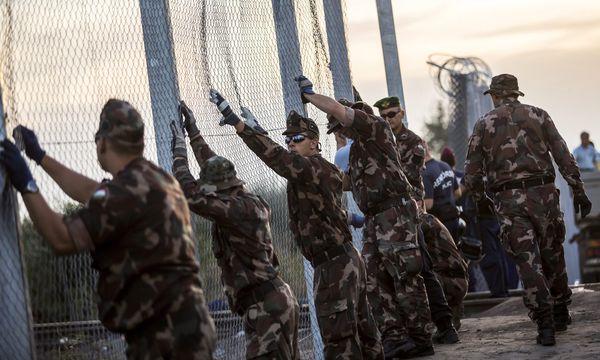 Grenzzaun zu Serbien / Bild: (c) APA/EPA/BALAZS MOHAI