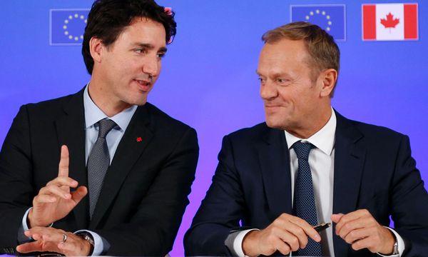 Kanadas Premierminister Justin Trudeau und Ratspräsident Donald Tusk. / Bild: (c) APA/AFP/POOL/FRANCOIS LENOIR