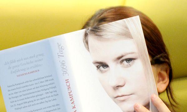 Archivbild: Natascha Kampusch hat ihren Entführungsfall im Vorjahr in einem Buch verarbeitet. / Bild: (c) APA/HELMUT FOHRINGER (HELMUT FOHRINGER)