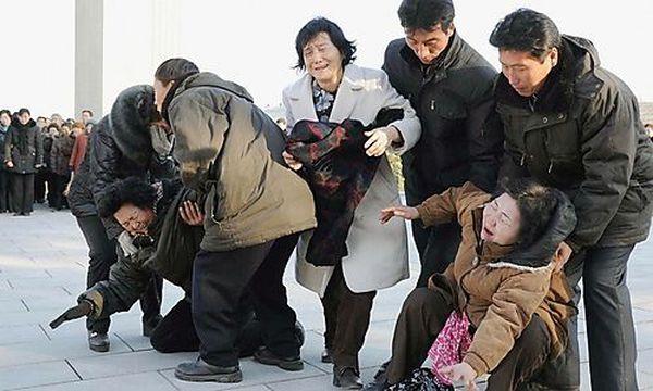 Befohlene Trauer in Nordkorea / Bild: (c) REUTERS (Kyodo)