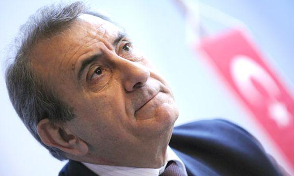 BZÖ sammelt Unterschriften gegen Türkei-Botschafter / Bild: Türkischer Botschafter Kadri Ecvet Tezcan (c) APA (Robert Jäger)