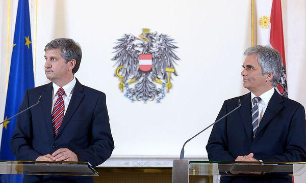 Michael Spindelegger und Werner Faymann / Bild: APA/ROLAND SCHLAGER