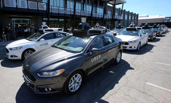 Die selbstfahrenden Autos von Uber dürfen nun offiziell auf der Straße getestet werden / Bild: (c) REUTERS (© Aaron Josefczyk / Reuters)