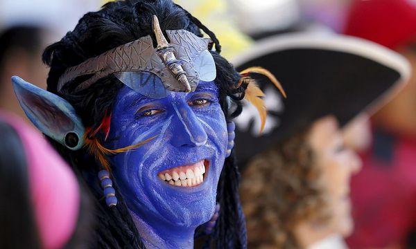 Symbolbild: Ein Fan im Avatar-Look  / Bild: REUTERS