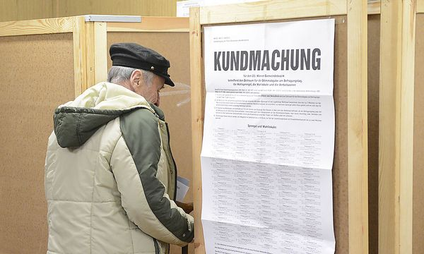 Volksbefragung / Bild: APA/HELMUT FOHRINGER