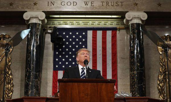 Donald Trump hatte seine Rede vor dem Kongress penibel vorbereitet. / Bild: (c) imago/UPI Photo (imago stock&people)