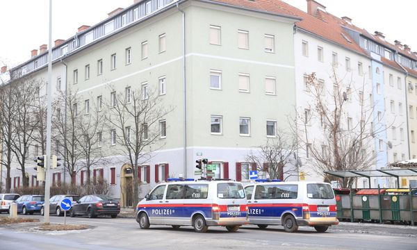 STEIERMARK: ANTI-TERROREINSATZ IN GRAZ / Bild: APA/ERWIN SCHERIAU