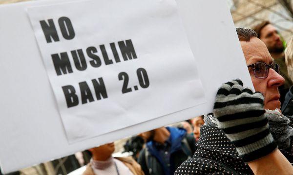 Proteste gegen den neuen Einreisestopp. / Bild: REUTERS/Eric Thayer