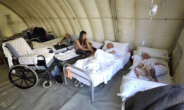 8000 Menschen sind nach dem Erdbeben obdachlos. / Bild: (c) AP (Marco Vasini)