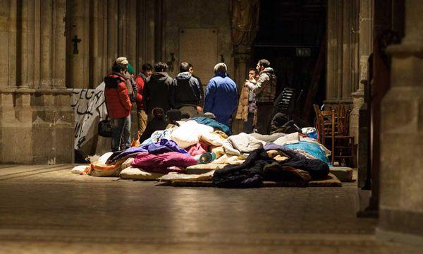 Flüchtlinge in der Votivkirche / Bild: APA (Michael Gruber)