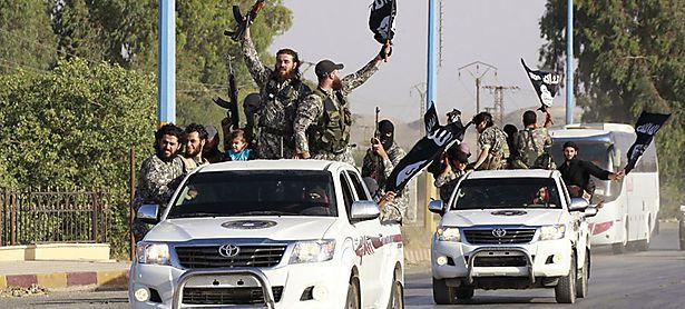In den Reihen des IS kämpfen auch über 2000 Islamisten aus Europa / Bild: (c) REUTERS (� Stringer . / Reuters)