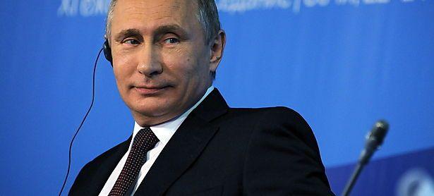 """""""Russland verlangt für sich keinen besonderen, außergewöhnlichen Platz in der Welt"""", sagte Putin beim Waldai-Forum. / Bild: APA/EPA/MIKHAIL KLIMENTIEV/RIA N"""