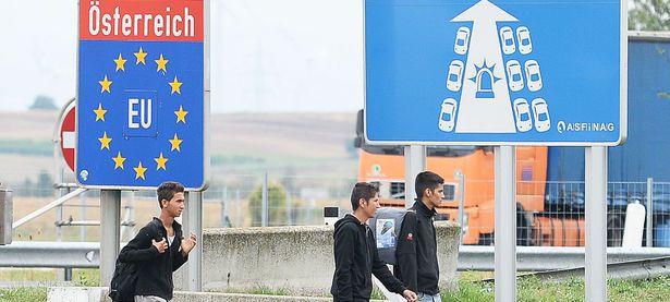 Symbolbild: Zuwanderung nach Österreich. / Bild: (c) APA (Roland Schlager)