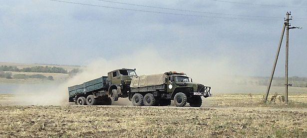 Russisches Militär soll in die Ukraine eingedrungen sein. Dieses Bild entstand nahe der Grenz auf der russischen Seite nahe der Stadt Krasnodarovka. / Bild: (c) REUTERS