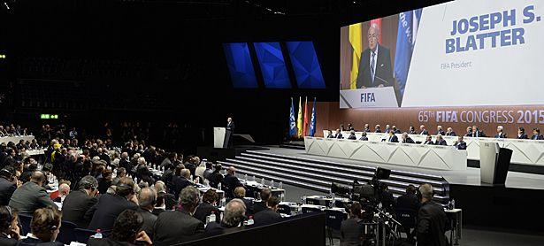 Joseph Blatter spricht / Bild: (c) APA/EPA/WALTER BIERI (WALTER BIERI)