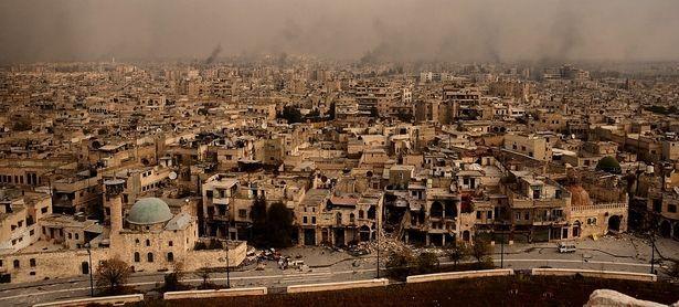 Die berühmte Altstadt von Aleppo, Weltkulturerbe der Unesco, gleicht heute einem Trümmerfeld. / Bild: APA/AFP/GEORGE OURFALIAN