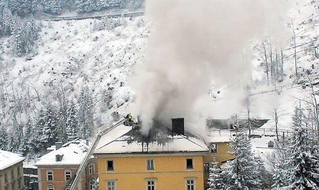 Dachgeschoss Bad Hofgastein : Großbrand in Bad Gastein war Brandstiftung « DiePressecom