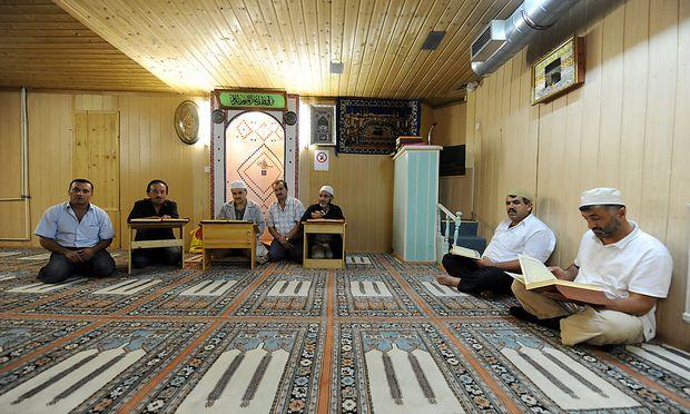 muslime wollen gesetzliche feiertage in sterreich. Black Bedroom Furniture Sets. Home Design Ideas