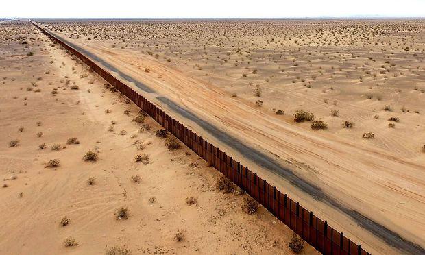 US-Behörde sammelt Entwürfe für Mauer zu Mexiko