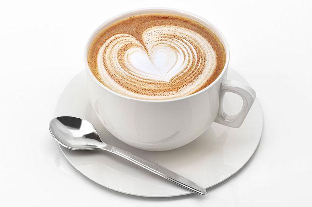 kaffee tee wasser wie viel koffein steckt drin. Black Bedroom Furniture Sets. Home Design Ideas