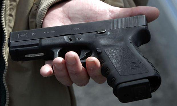 Feldstreifen eine glock Pistole