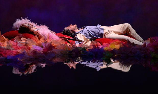 Venus und Tannhäuser, Aude Extrémo und José Cura, im Drogenrausch. Wagner bewältigt man dagegen ganz nüchtern, ausdrucksvoll und rhythmisch präzis.