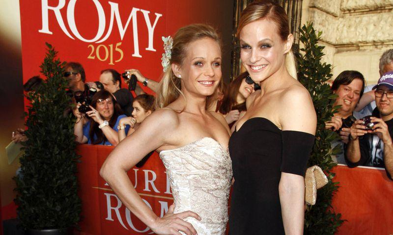 Mirjam Weichselbraun mit Schwester Melanie Binder bei der 26 ROMY Gala 2015 in der Hofburg Wien Wi / Bild: (c) imago/Future Image (imago stock&people)