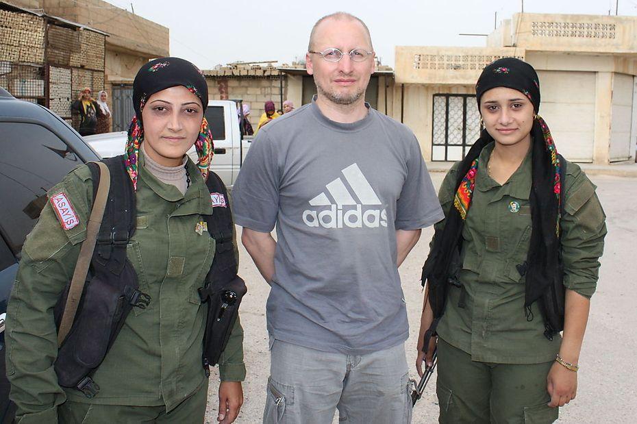Presse reporter wieland schneider reiste in syriens kurdengebiete