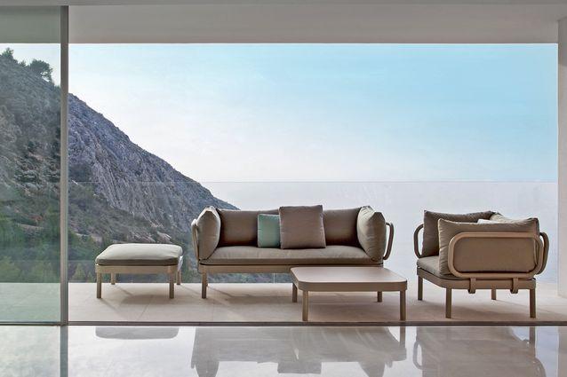 outdoor kollektion nichts wie raus mit den m beln. Black Bedroom Furniture Sets. Home Design Ideas