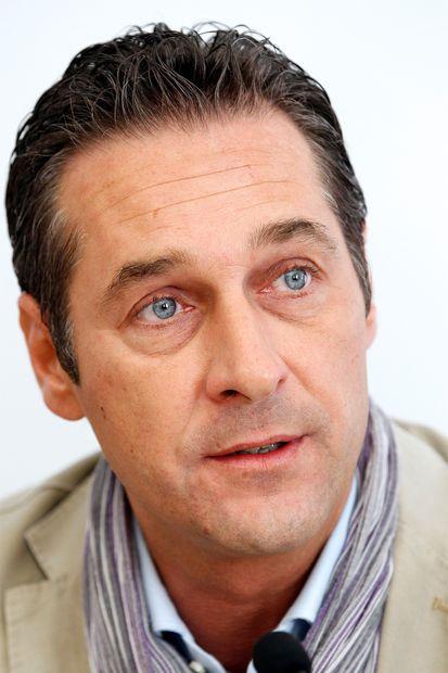 Heinz-Christian Strache: Heinz-Christian Strache: Der FP-Chef stellt den Kanzleranspruch - str20110617112221