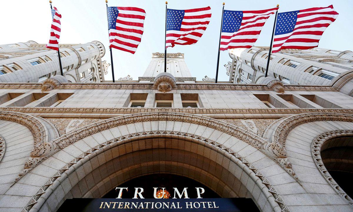 In Einem Zum Unternehmensimperium Von US Präsident Donald Trump Gehörenden  Luxushotel In Washington Ist Ein Schwerbewaffneter Mann Festgenommen Worden.