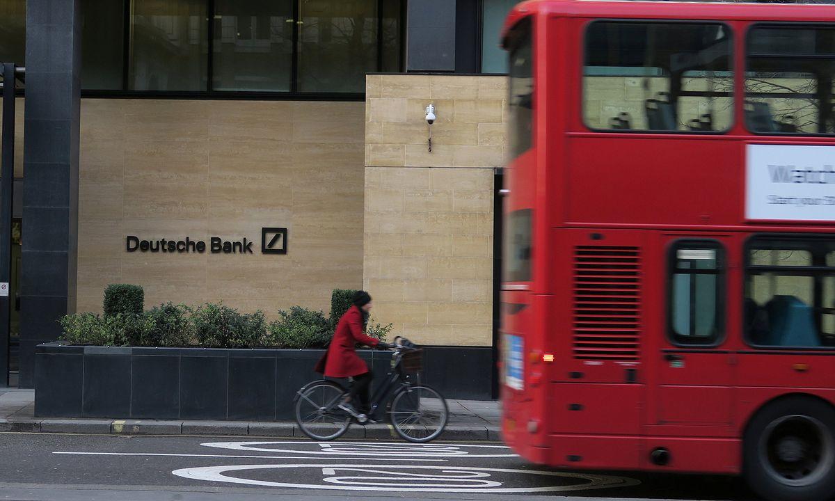 deutsche bank erw gt abzug tausender jobs aus london. Black Bedroom Furniture Sets. Home Design Ideas