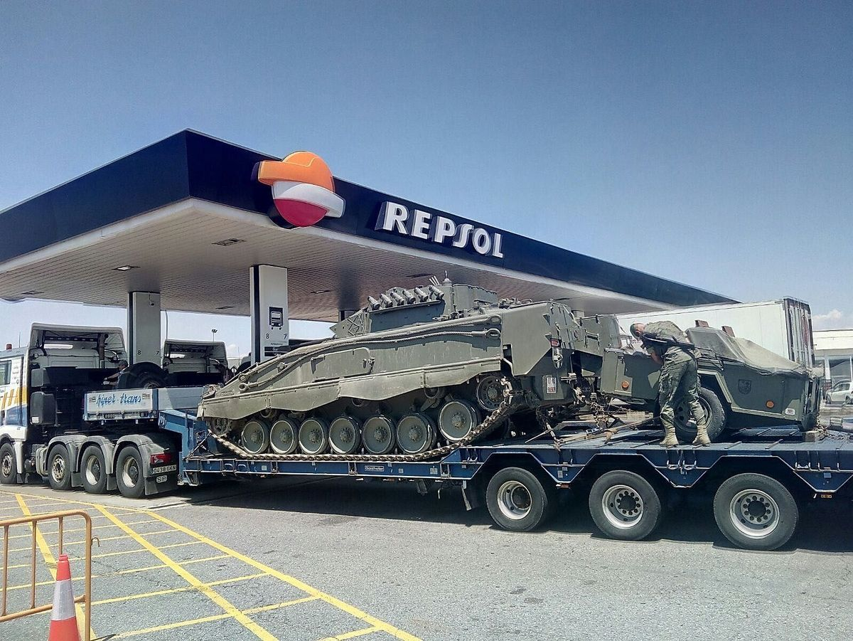 Vor Referendum: Spaniens Armee verlegt Panzer nach Katalonien